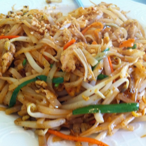 Chicken Pad Thai - To Thai For, Honolulu, HI