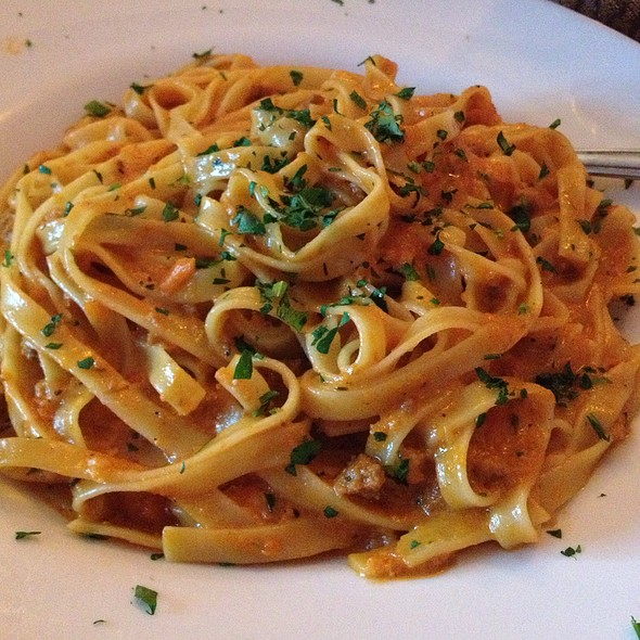 Fettuccine Bolognese - Fontina Grille, Rockville, MD