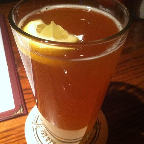 Hugh Hefe - John Harvard's Brewery and Ale House, Lake Grove, NY