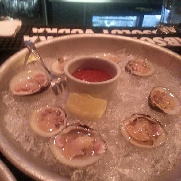 Littlenecks - NOLA oyster bar, Norwalk, CT