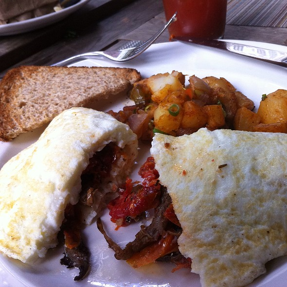 Egg White Omelet With Sun Dried Tomatoes , Goat Cheese, And Mushrooms - Asellina Ristorante, New York, NY