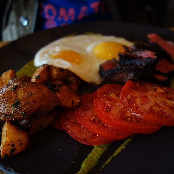Steak and Eggs - The Oakwood Canadian Bistro, Vancouver, BC