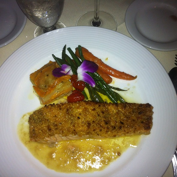 Roasted Atlantic Salmon - LuNello Restaurant, Cedar Grove, NJ