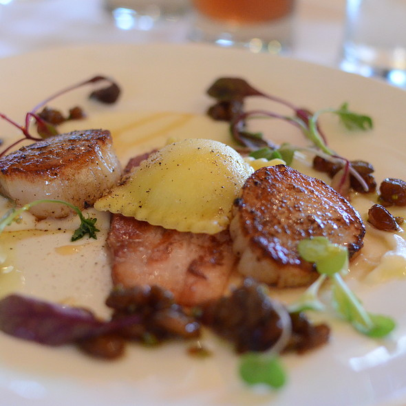 Scallops - Ravine Vineyard Winery Restaurant, Niagara-on-the-Lake, ON