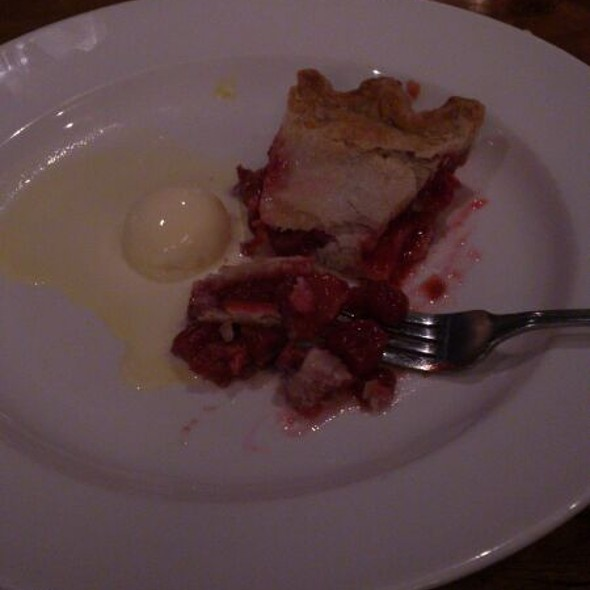 Cherry Raspberry Pie, Seasonal - Charcoal Steak House, Kitchener, ON