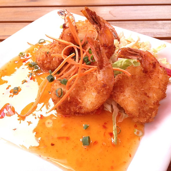 Coconut Shrimp - Tiki's Grill & Bar - Waikiki, Honolulu, HI