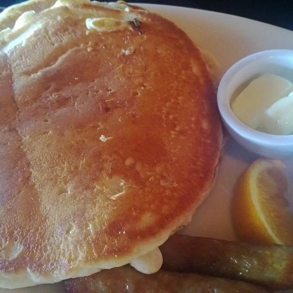 pancakes - BeachHouse bar + grill, Kirkland, WA