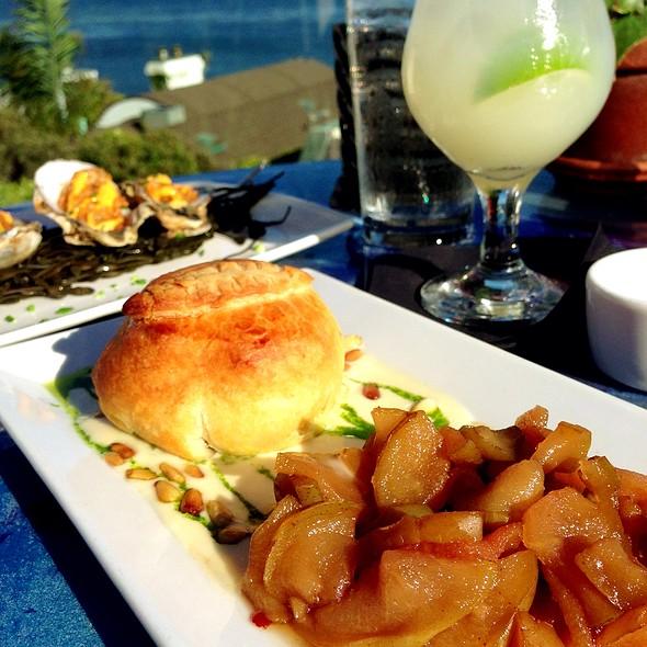 Baked Brie With Pear Chutney - Geoffrey's Restaurant, Malibu, CA