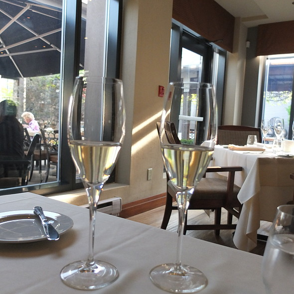 Trius Brut - Trius Winery Restaurant, Niagara-on-the-Lake, ON