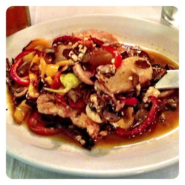 Il Vincinato Chicken - Il Vicinato Ristorante, Chicago, IL