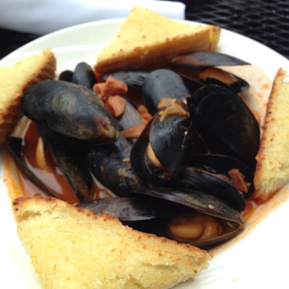 Mussels Louisiana Style - Hat City Kitchen, Orange, NJ