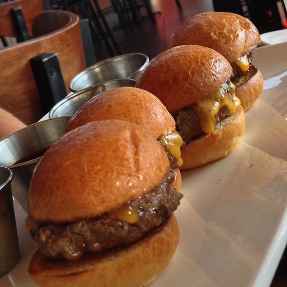 Wagyu Sliders - Sapporo - Scottsdale Main Dining Room, Scottsdale, AZ