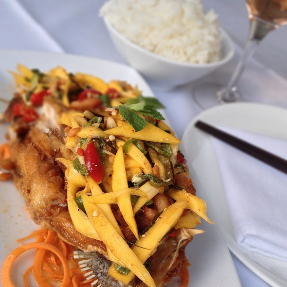 Yum Plah Foo - Sri Suwoon Thai Restaurant, London