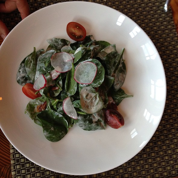 Spinach Salad - Solstice, Stowe, VT