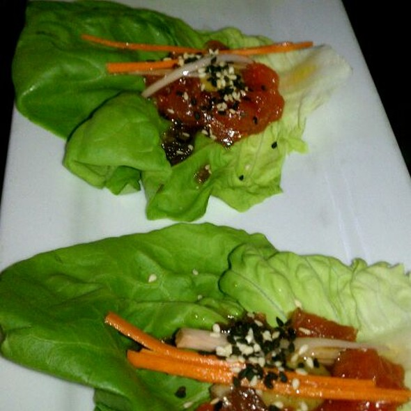 Ahi Tuna Lettuce Cups - Vines Grille and Wine Bar, Orlando, FL