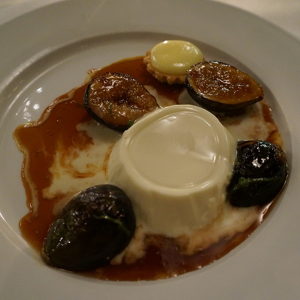 Vanilla bean panna cotta, caramelized figs, blood-orange caramel sauce, creme anglaise - Oveja Blanca, Santa Barbara, CA