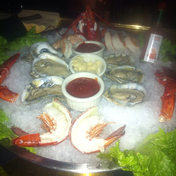 Cold Shellfish Platter - The Capital Grille - Troy, Troy, MI