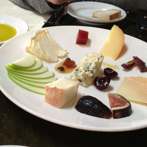 Cheese Platter - Soif Wine Bar Restaurant, Santa Cruz, CA