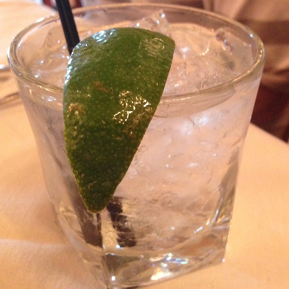 gin and tonic - Tuscany - Wheeling, Wheeling, IL
