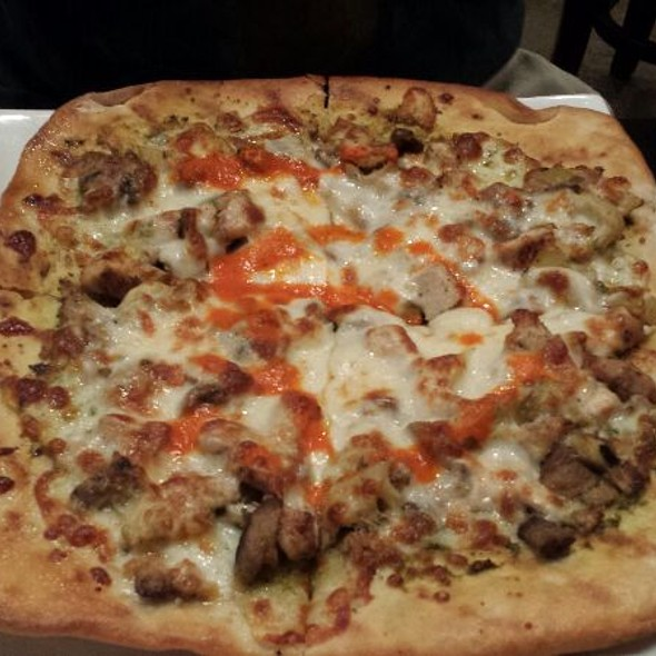 Wood Grilled Chicken Pizza - Bellinis, Oklahoma City, OK