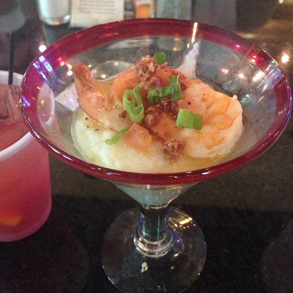 Shrimp & Grits - Tondee's Tavern, Savannah, GA