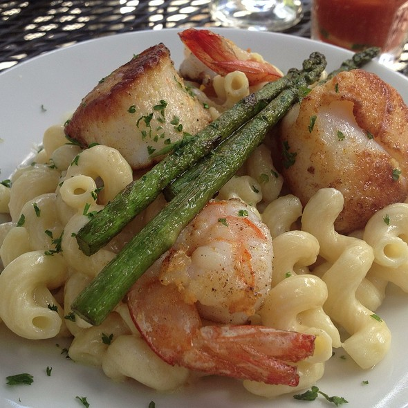 Shrimp And Scallops Over Mac N Cheese With Asparagus - The Blue Fish Restaurant, Jacksonville, FL