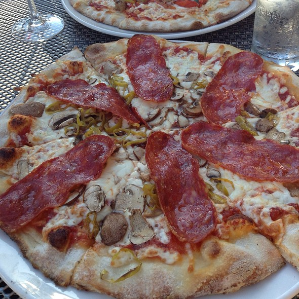 Atomica Pizza - Atomica Pizza & Wine Bar, Kingston, ON
