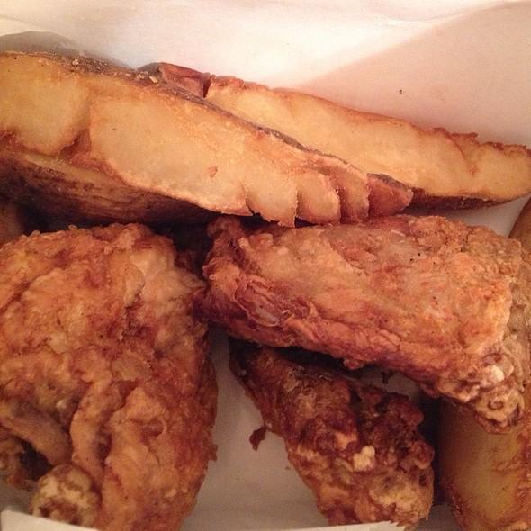 Broasted Chicken Dinner - D'Agostino's - Park Ridge, Park Ridge, IL