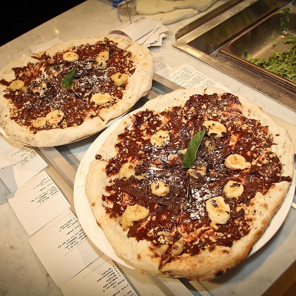 nutella pizza - Cibo Wine Bar King St West, Toronto, ON