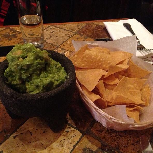 Guacamole and Chips - El Paso Mexican Restaurant, New York, NY