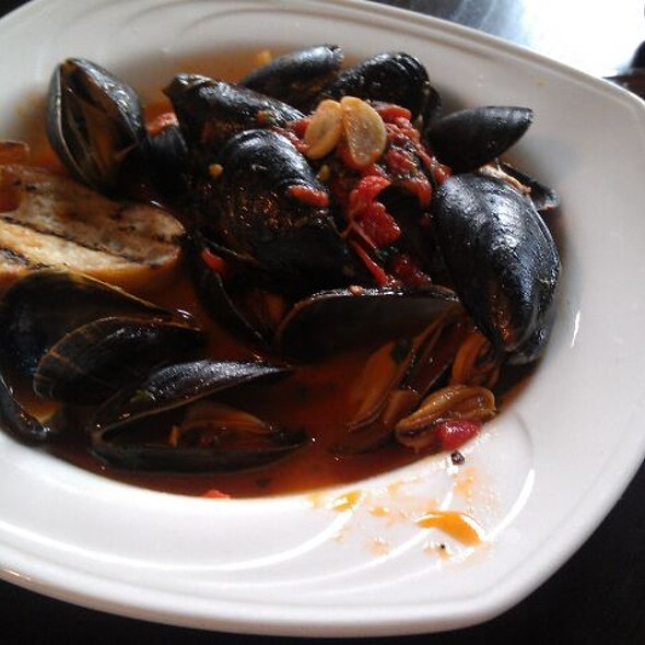 Mussels - Cafe Navarre, South Bend, IN