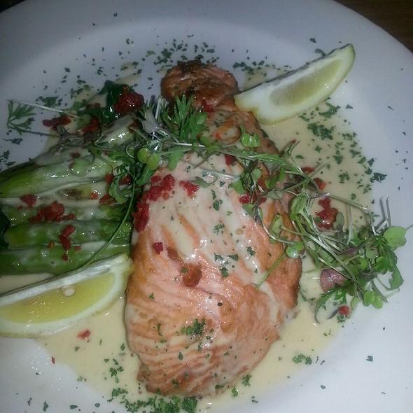 Salmon - Chez Moi, Chicago, IL