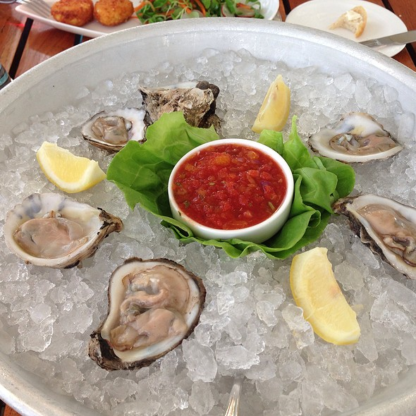 Oysters - Shor Seafood at the Hyatt Resort & Spa, Key West, FL