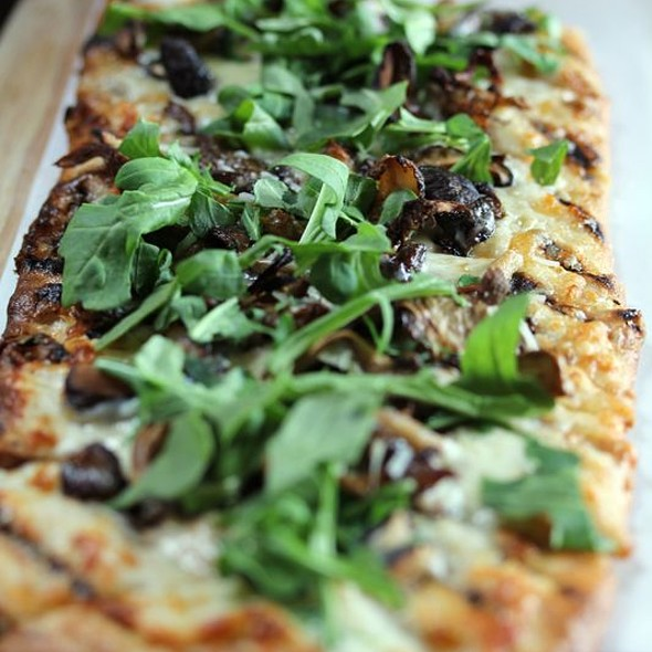 Pizza - PARKVIEW KITCHEN AND SPIRITS, Cupertino, CA