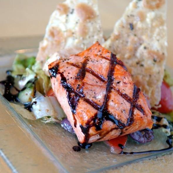 Salmon - PARKVIEW KITCHEN AND SPIRITS, Cupertino, CA