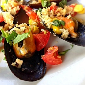WineMakersDinner:  beer steamed mussels w/ grilled corn, arugula, pork rinds - The Bistro at Childress Vineyards, Lexington, NC