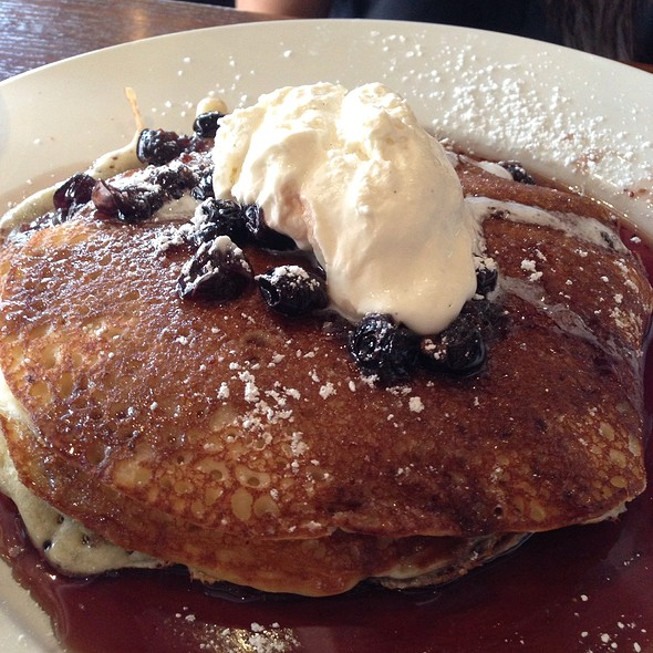 Blueberry Lemon Ricotta Pancakes - The Tasting Room - CITYCENTRE, Houston, TX
