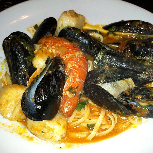 Pescatore Fra Diavolo, lobster, calamari, scallops, mussels and clams served over linguini in a fra diavolo sauce - Limoncello - West Chester, West Chester, PA