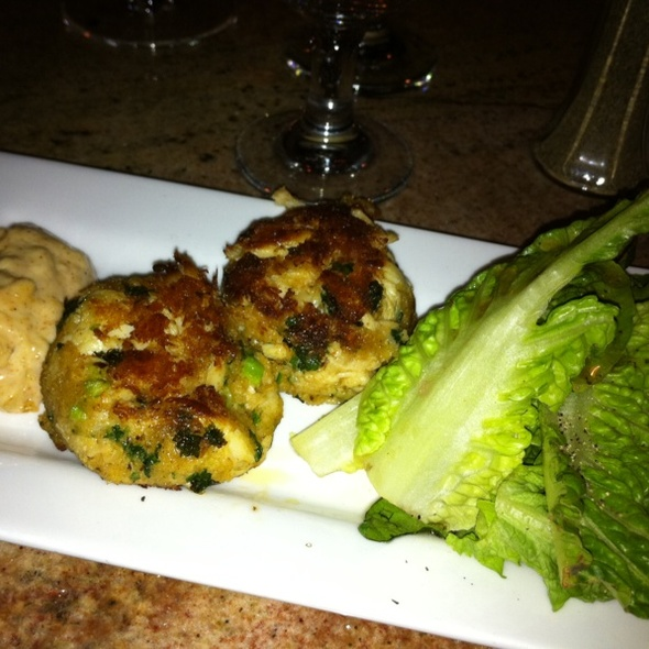 Maryland Crabcakes - Dolphin Striker, Portsmouth, NH