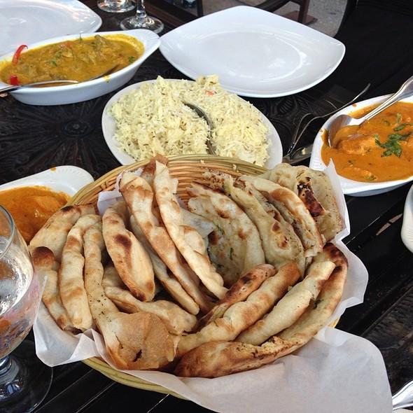 Naan - Shalimar Restaurant, Ann Arbor, MI