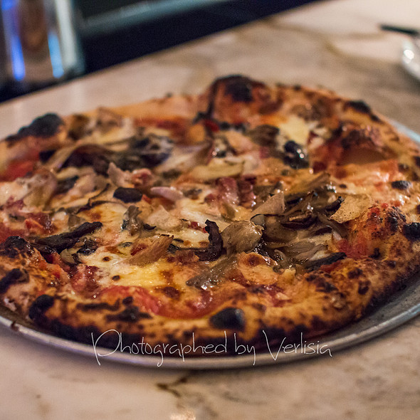 Mushrooms, Pancetta, Pecorino, Chili, Mascarpone, Smoked Mozzarella Pizza - Redd Wood, Yountville, CA