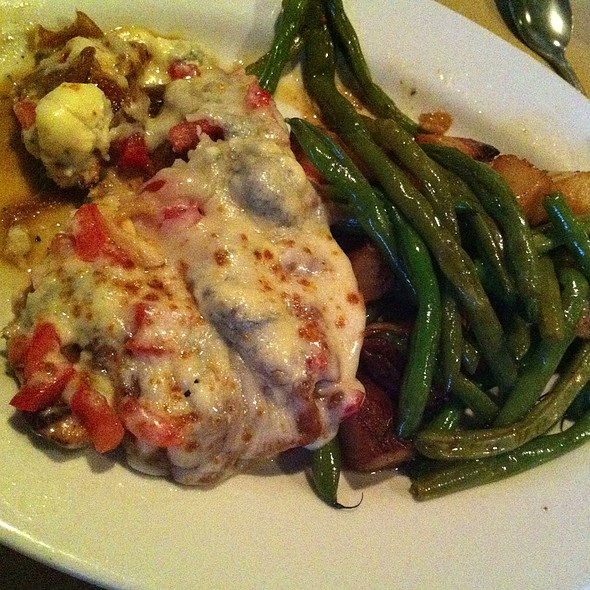 Gorgonzola Chicken - Butera's Restaurant of Smithtown, Smithtown, NY