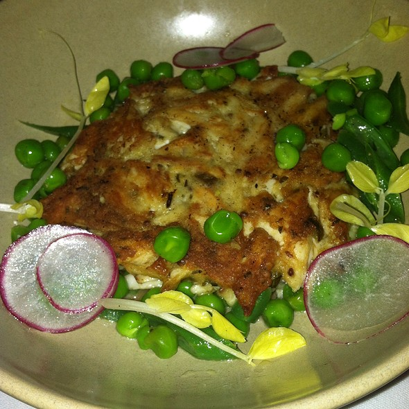 crab cake - Stars Restaurant - Rooftop & Grill Room, Charleston, SC