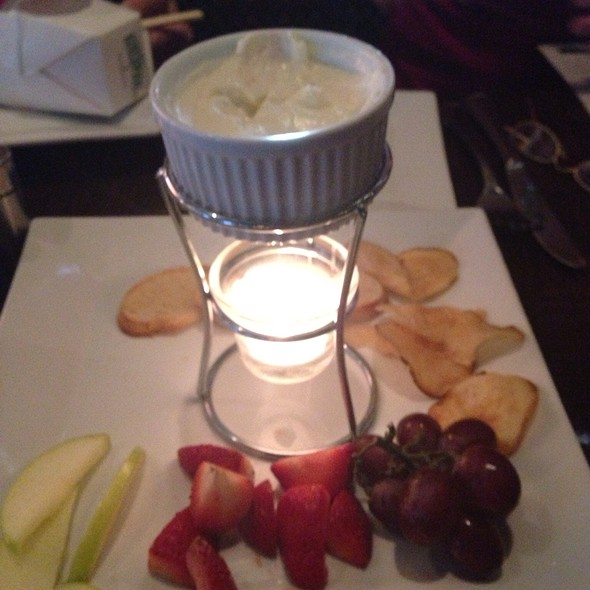 Cheese Fondue - Sterlings Bistro, Sterling Heights, MI