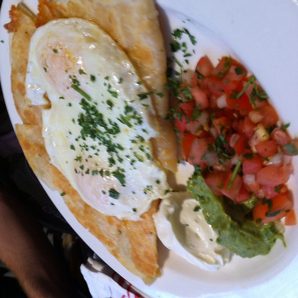 Huevos Quesadilla Omelet - Stone Street Tavern, New York, NY