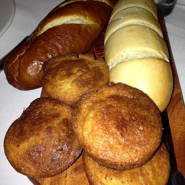 Freshly Baked Breads - Beelow's - Lake Zurich, Lake Zurich, IL