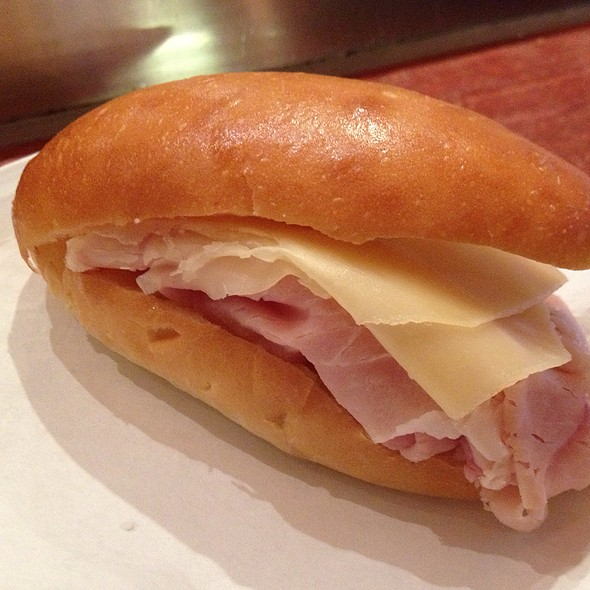 Paninetto Of Proscuitto Cotto And Mozzarella Cheese - Sant Ambroeus - Madison Avenue, New York, NY