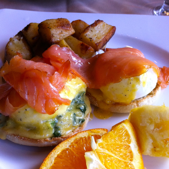Eggs Florentine - La Vecchia Ristorante, Toronto, ON