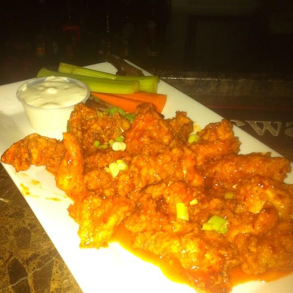 Boneless Buffalo Wings - Palomino's Restaurant, Franklin Square, NY
