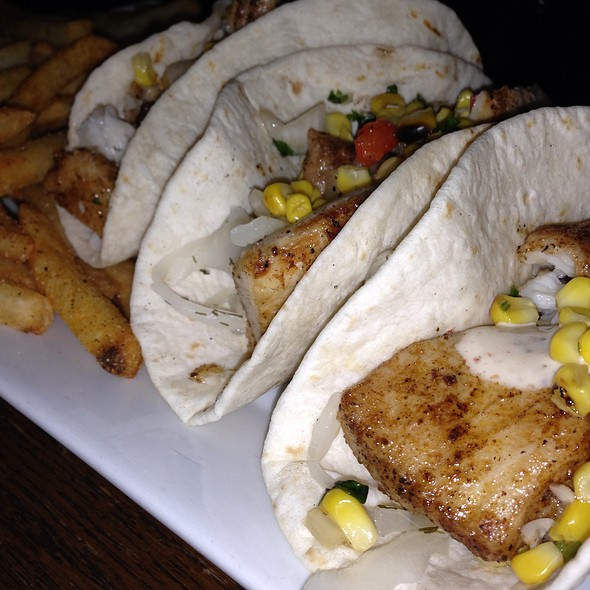 fish tacos - Ireland's Four Courts, Arlington, VA